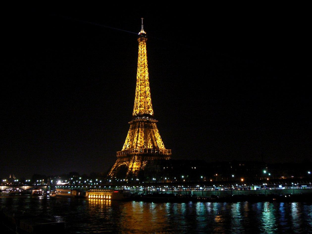 Pin Torre-eiffel-noche...