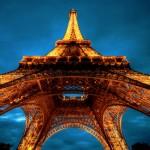 Torre Eiffel desde abajo HD