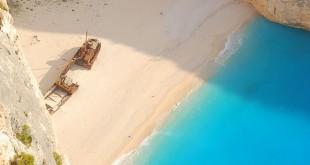playa del naufragio grecia