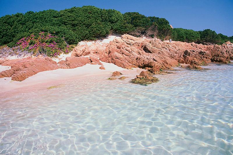 Playa rosa de Budelli