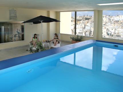 5 hoteles baratos en malta - Apartamentos baratos en malta ...