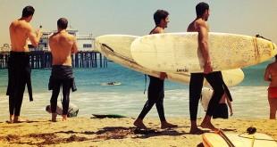 Surferos en Surfrider Beach