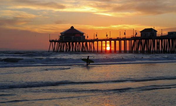 Un surfero en Orange County