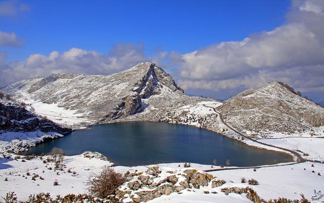 lagos de covadonga nevados