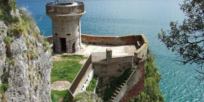 De ruta por el Cantábrico: el Faro del Caballo