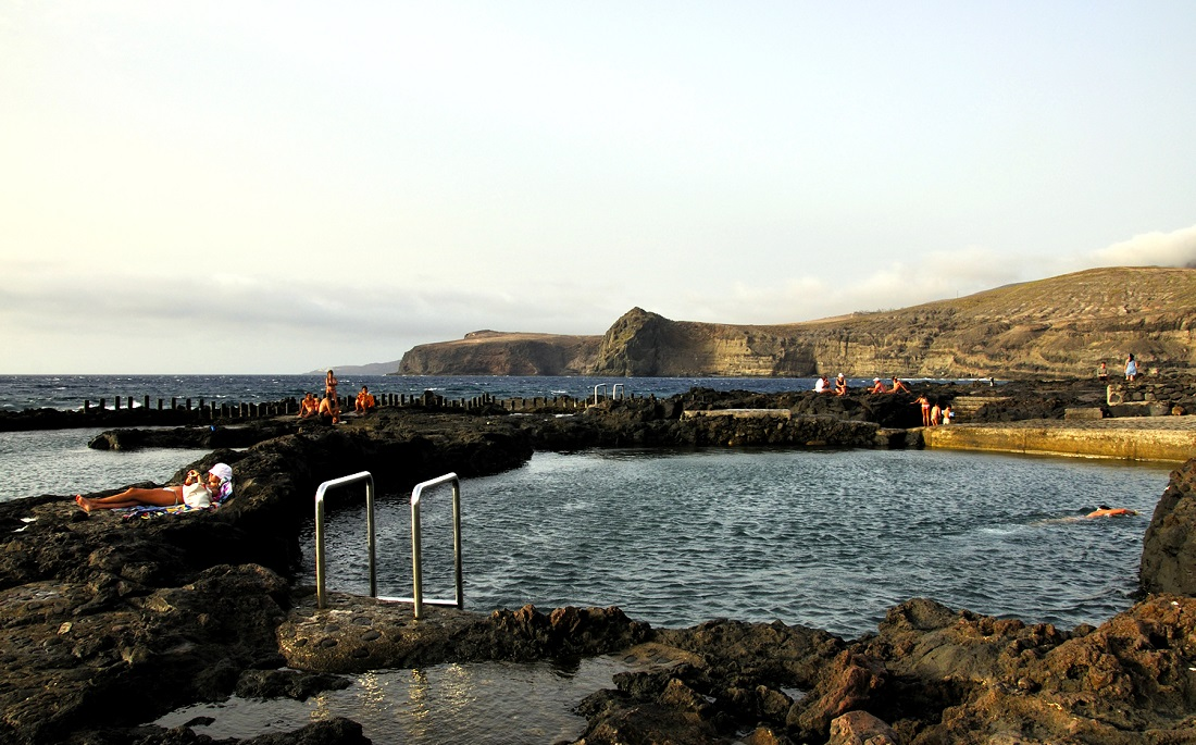 5 piscinas naturales de espa a for Piscina natural gran canaria