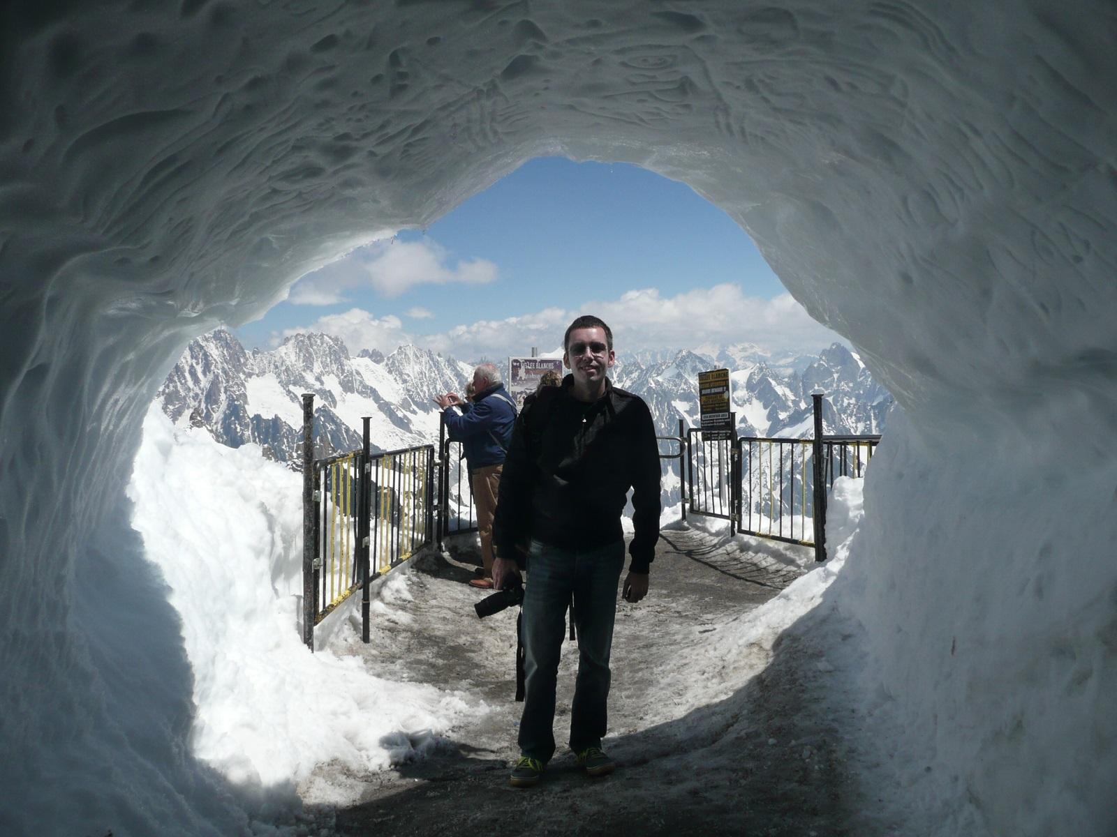 yo en una gruta de hielo