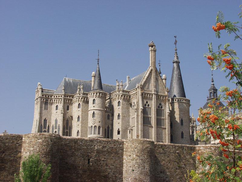 Palacio Episcopal Gaudí
