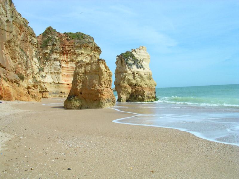 praia de rocha algarve