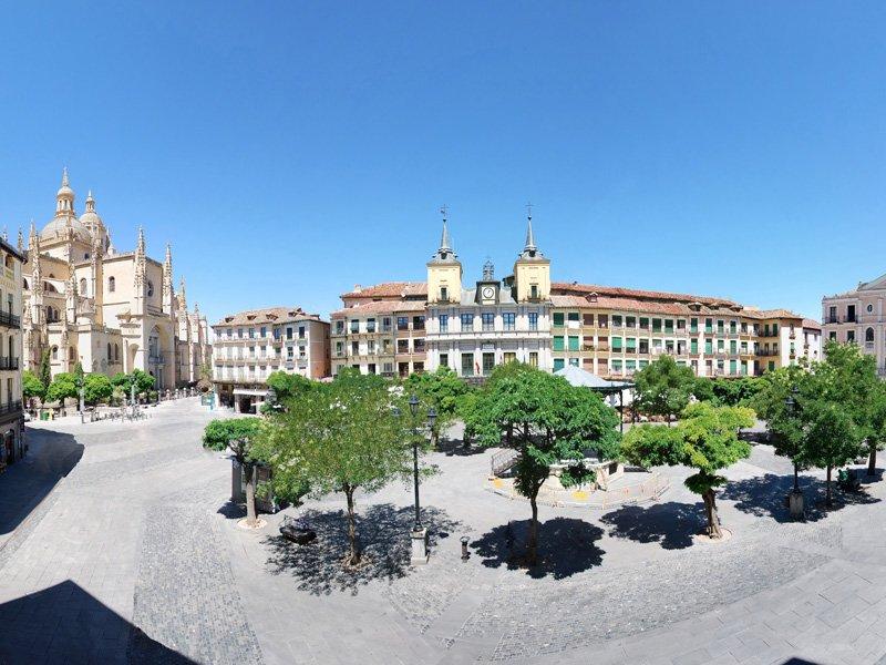 plaza mayor segovia