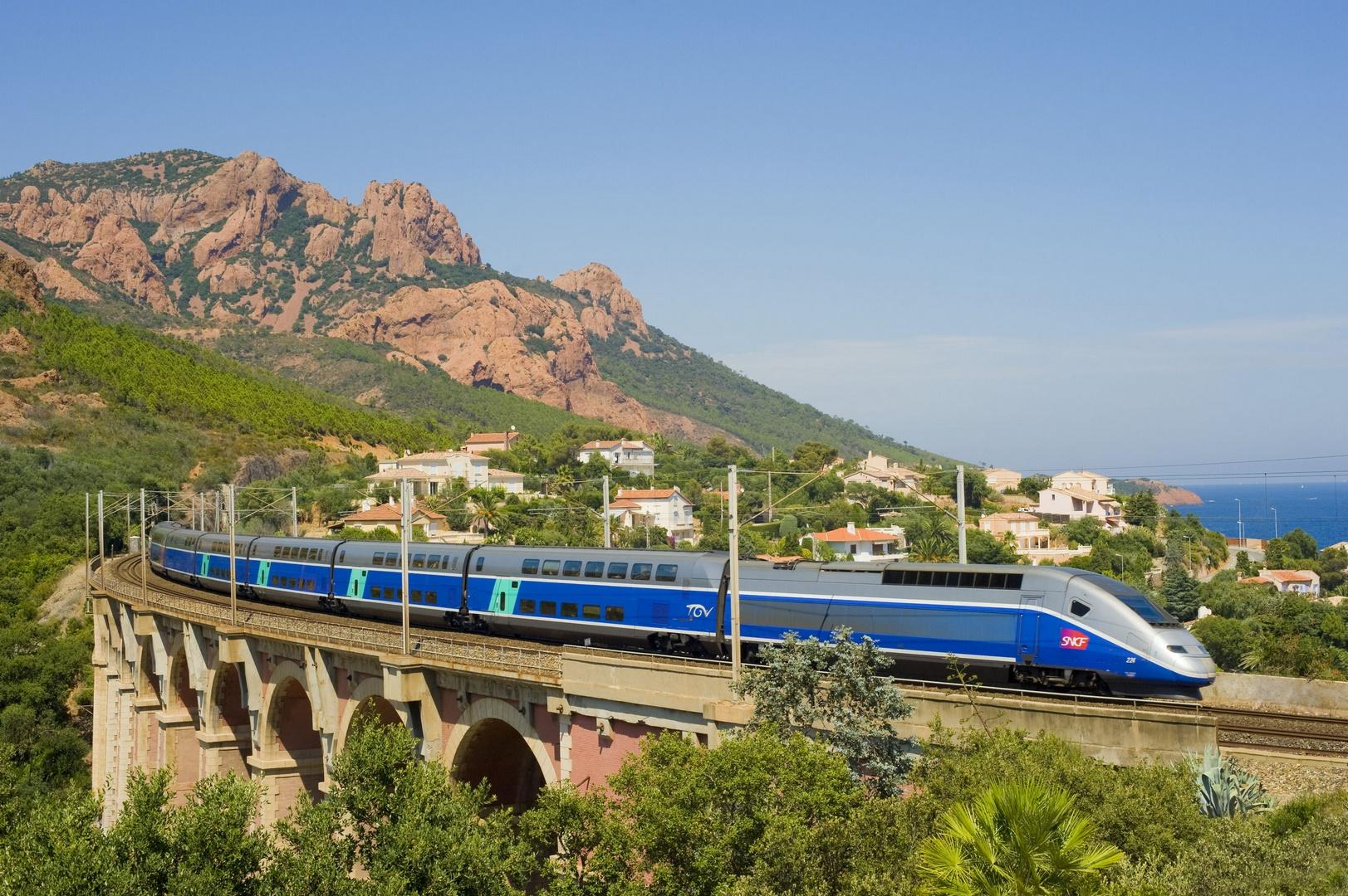 El tren de alta velocidad que te lleva a Nimes