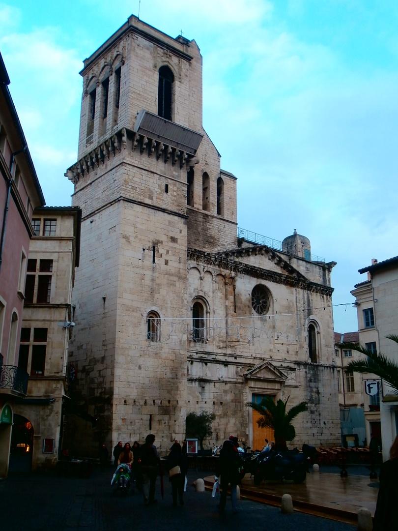 Catedral de Nimes (parcheada jejeje)