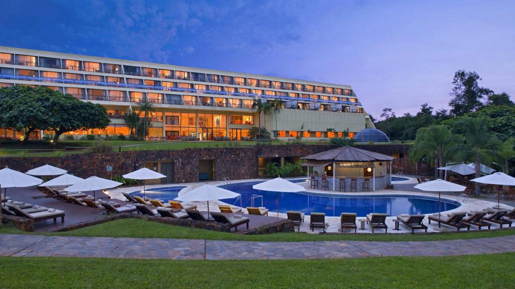 El hotel Sheraton con vistas a las cataratas