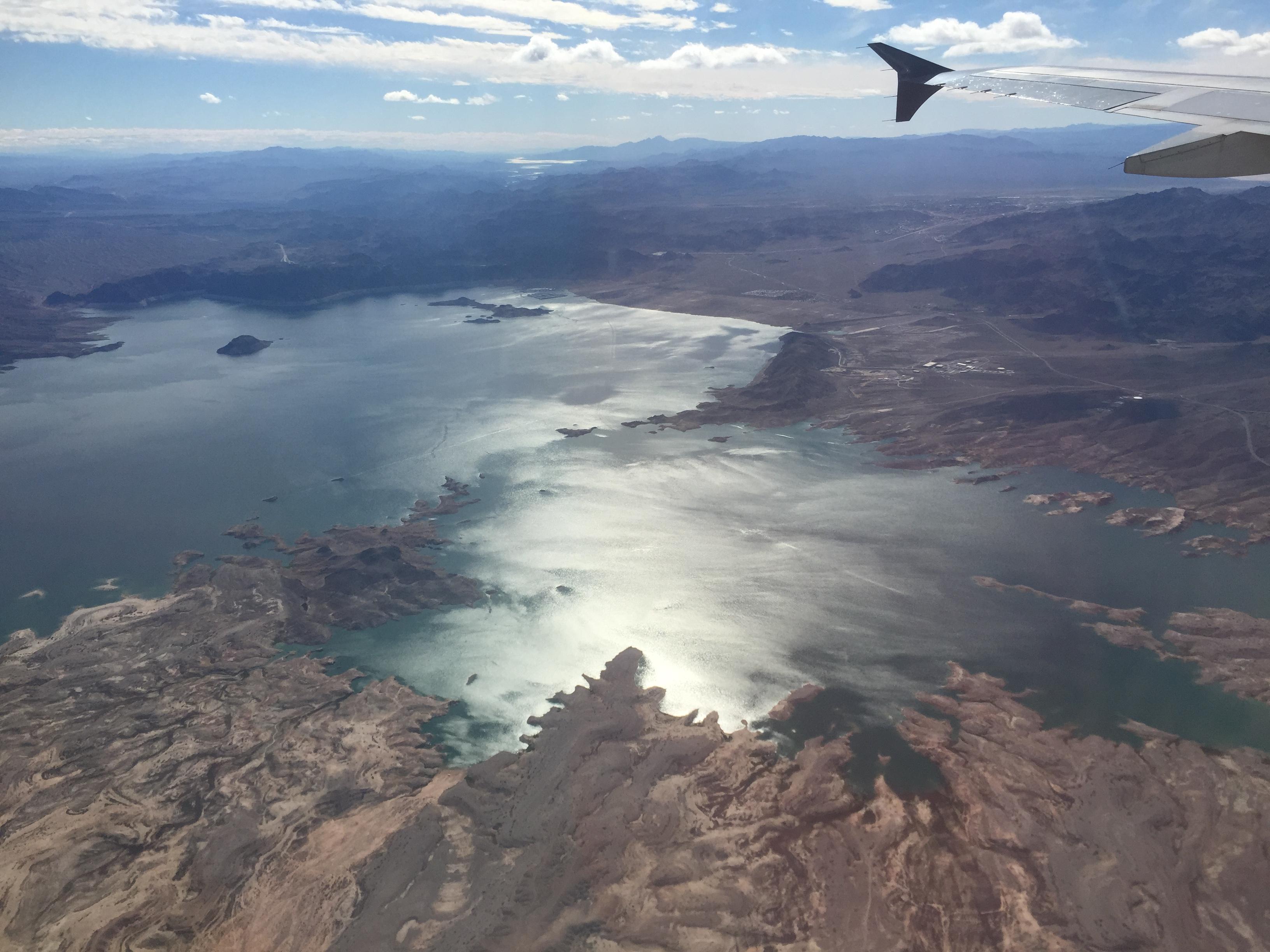 El lago Mead visto de un avión