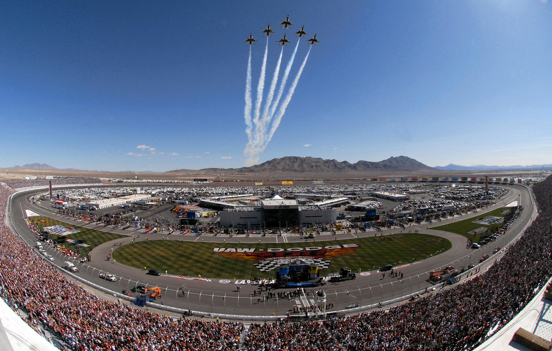 Óvalo principal del circuito Las Vegas Motor Speedway
